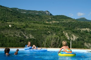 Camping avec piscine - camping drome provencale - la Ferme de clareau